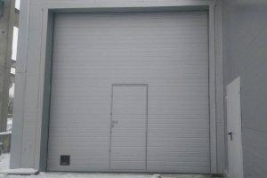 Промышленные секционные ворота за 137900 р.