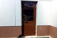 Алюминиевая дверь за 31 000 руб.