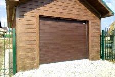Секционные вороа в гараж